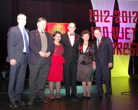 DHËNJA E MEDALJES QUEEN DIAMOND JUBILEE AWARD PËR DR.RUKI KONDAJ, NENTOR 2012