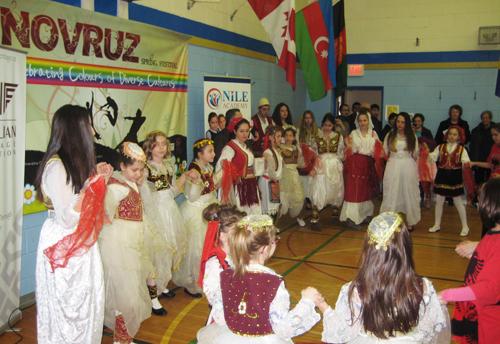 Festimi i Novruzit (Pranverës) <br>së bashku me komunitetet e tjera në Toronto