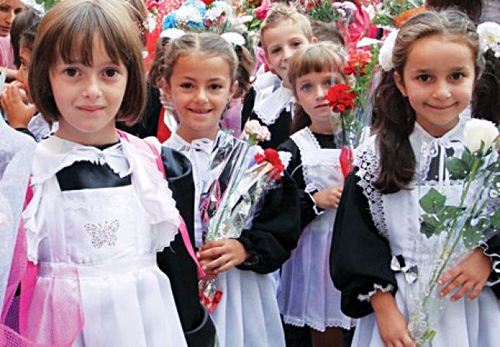 Fillon viti i ri shkollor për fëmijët shqiptarë në Ontario