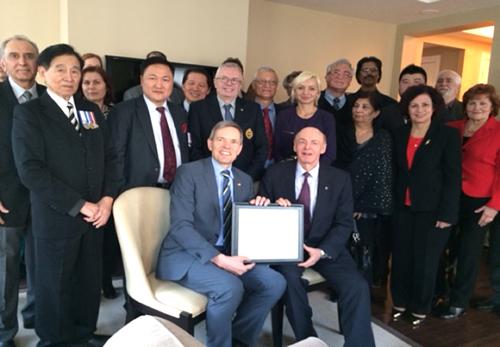 Nderohet nga konsullata gjermane <br>në Toronto ish-parlamentari Tony Ruprecht