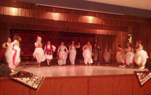 Me Grupin Folklorik të Bosnjes në Toronto